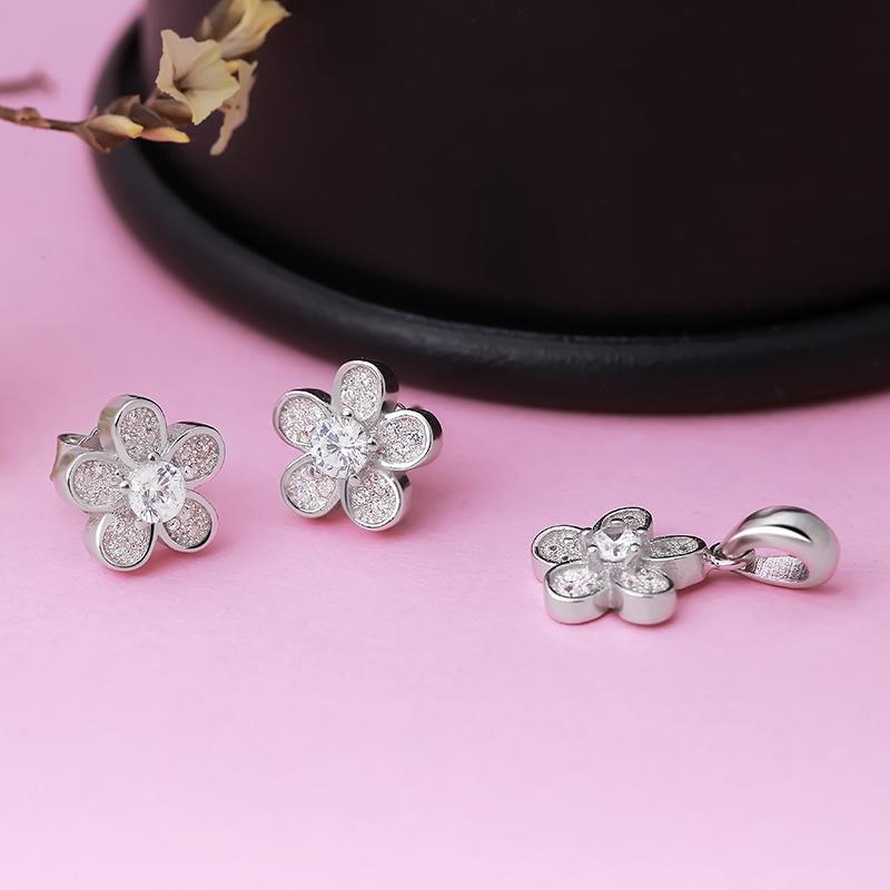Bộ trang sức bạc Cherry Blossom - 4451965 , 101070212 , 249_101070212 , 530000 , Bo-trang-suc-bac-Cherry-Blossom-249_101070212 , eropi.com , Bộ trang sức bạc Cherry Blossom