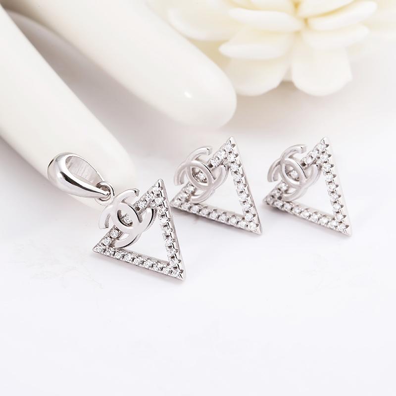 Bộ trang sức bạc Pediment Chanel - 4451908 , 101070234  , 249_101070234  , 513000 , Bo-trang-suc-bac-Pediment-Chanel-249_101070234  , eropi.com , Bộ trang sức bạc Pediment Chanel