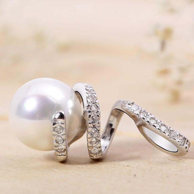 Mặt dây chuyền bạc Pearl Curve 3