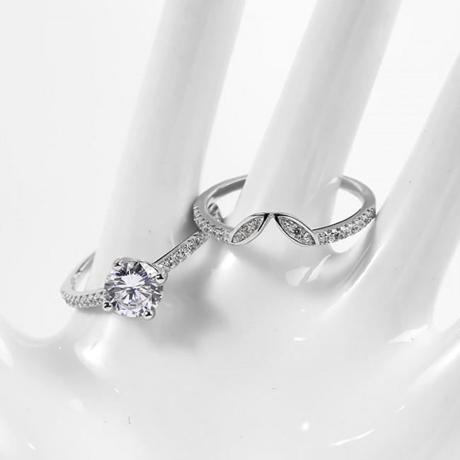 Nhẫn bạc Hand in Hand3