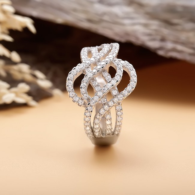 Nhẫn bạc Krystal 3