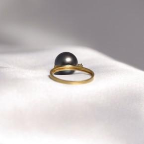 Nhẫn ngọc trai nước mặn Tahiti gắn vàng 18k đính kim cương