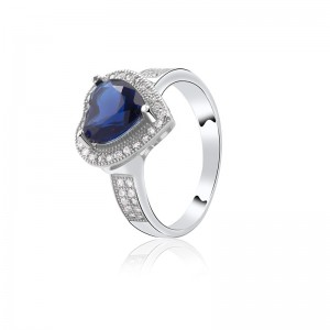 Nhẫn bạc Hailey Love