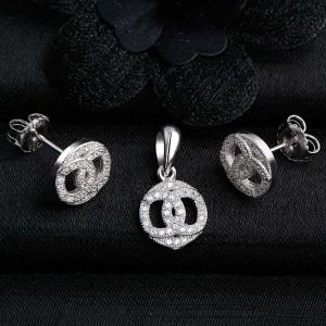 Bộ trang sức bạc Chanel Circle