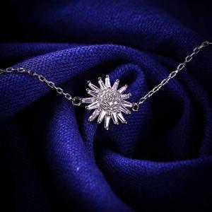Lắc tay bạc Rose Love