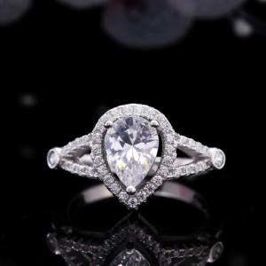 Nhẫn bạc Bertha
