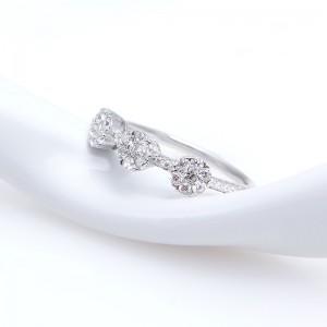 Nhẫn bạc Brita