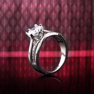 Nhẫn bạc Brody Love