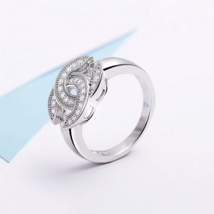 Nhẫn bạc Chanel