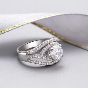 Nhẫn bạc Mia Love