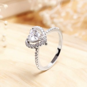 Nhẫn bạc White Heart