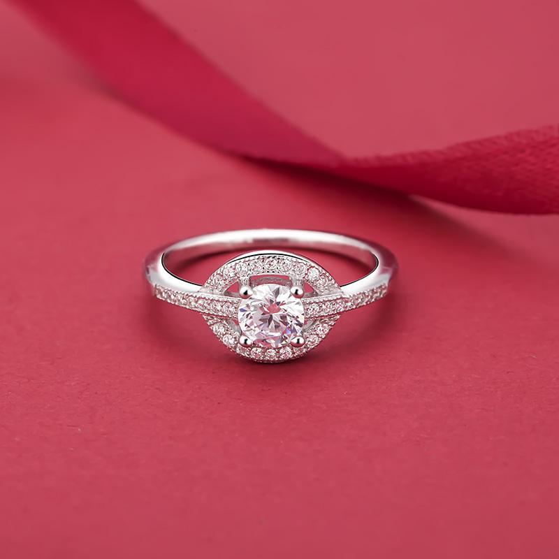 Nhẫn bạc Ezreal Love