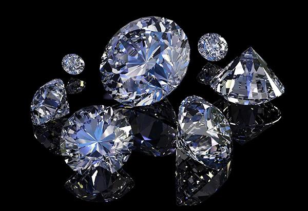 Điểm danh 10 viên kim cương lớn nhất thế giới