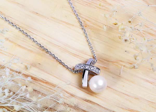 Mẹo hay gỡ rối trang sức bạc