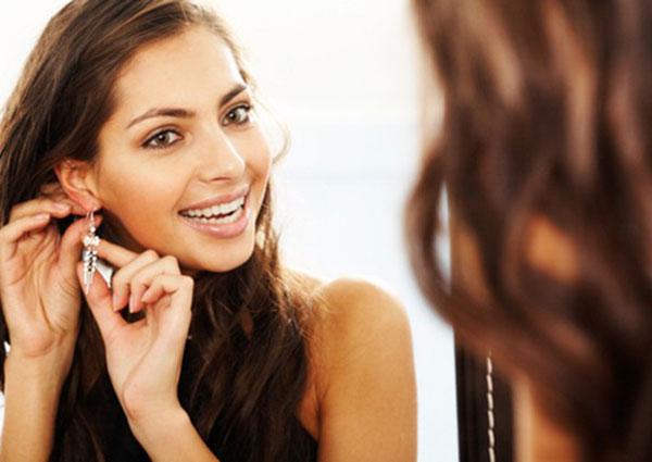Những xu hướng bấm khuyên tai được bạn gái trẻ yêu thích