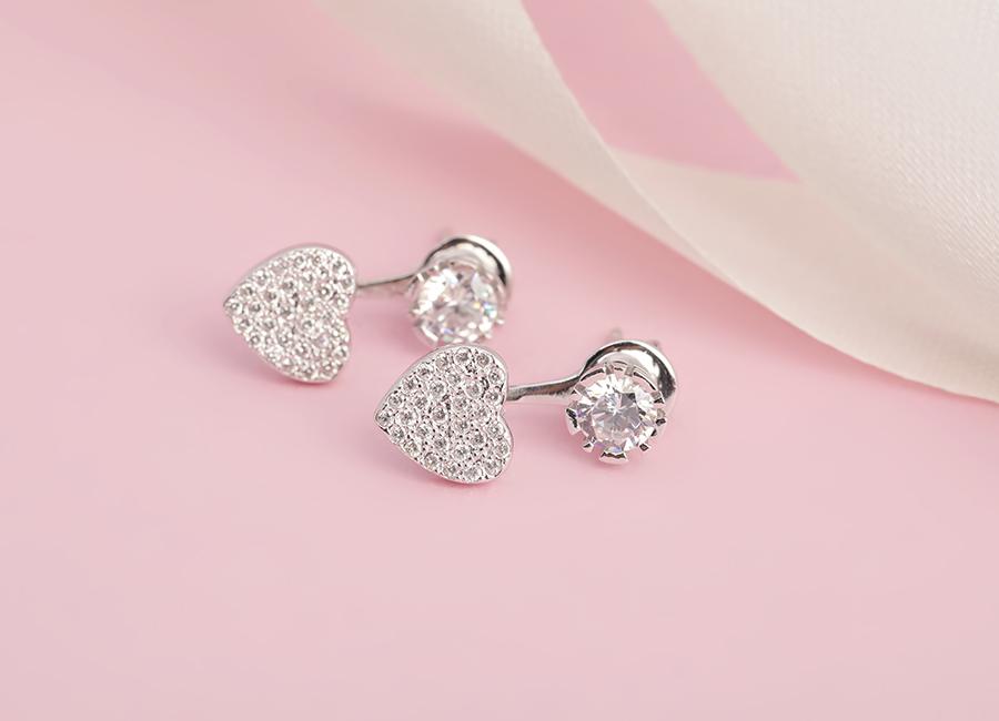 Bông tai bạc Ask Your Heart ngọt ngào, đây là phong cách rất hợp với các bạn nữ trẻ tuổi.