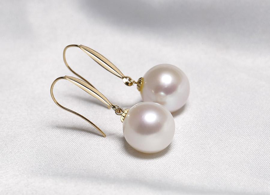 Ngọc trai luôn là món trang sức hợp ý và được lòng các chị em phụ nữ.