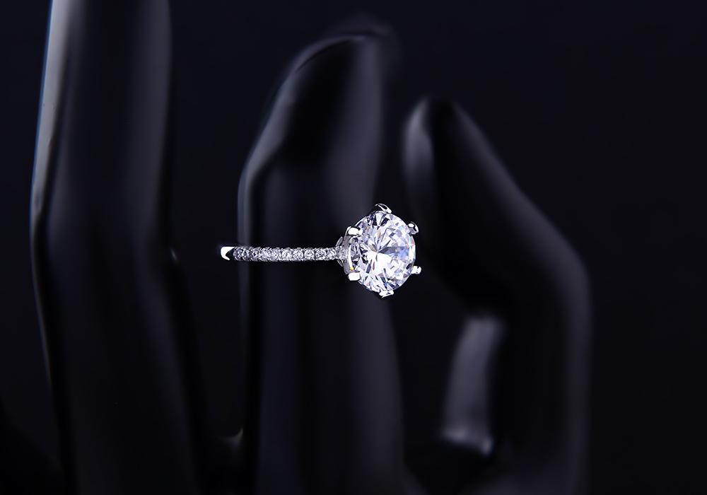 Nhẫn bạc Hera đầy cuốn hút
