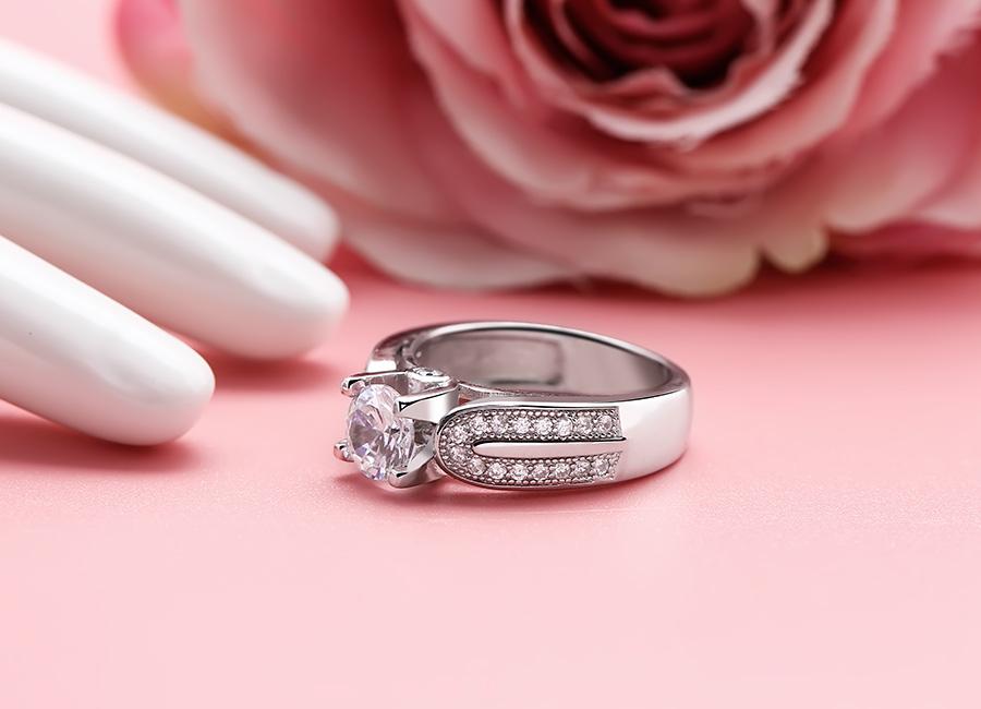 Nhẫn là trang sức nên đeo với mọi chị em.