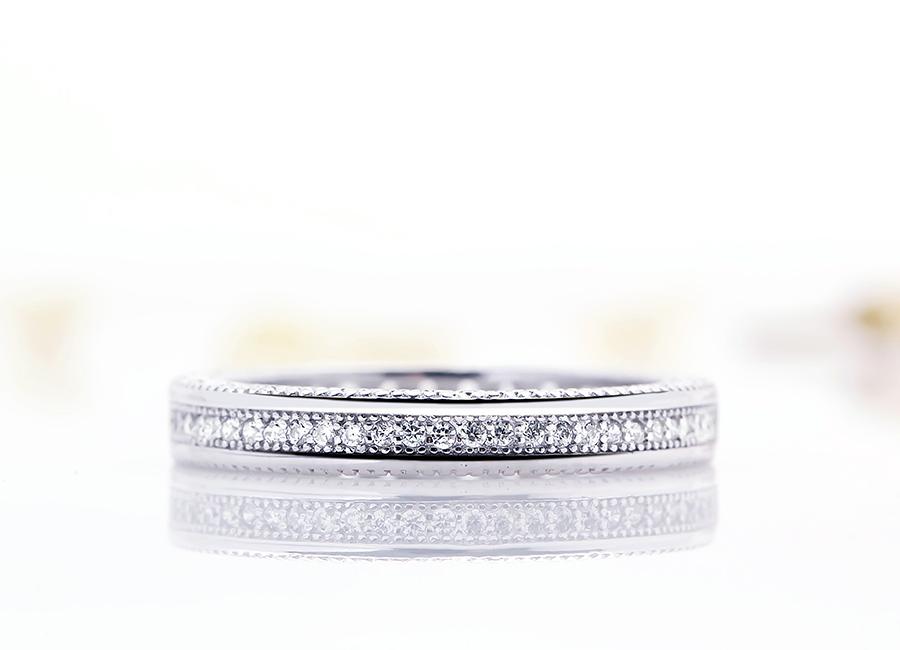 Thiết kế có điểm nhấn và vô cùng thanh thoát trên mẫu trang sức bạc.