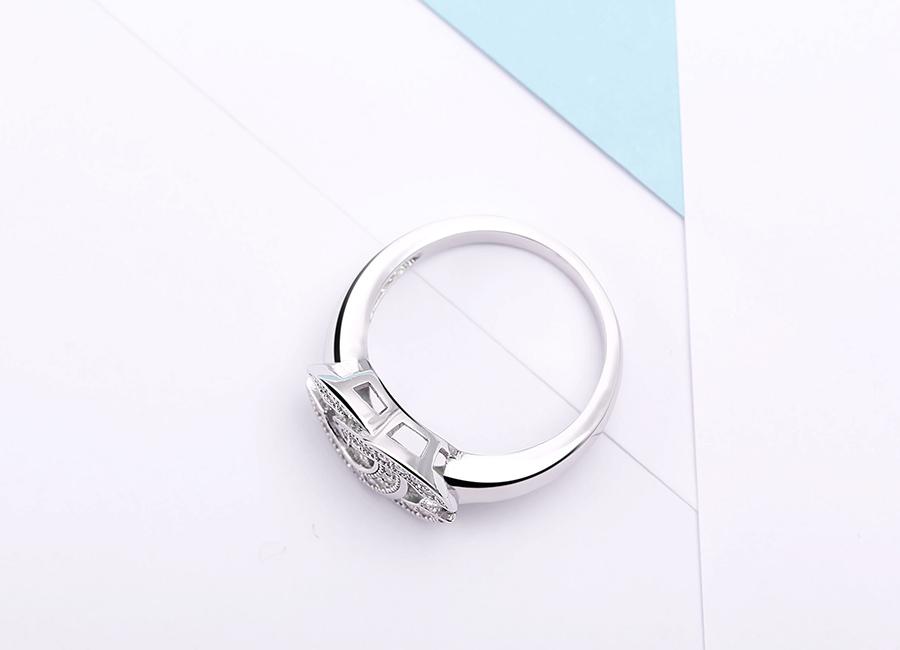 Mẫu nhẫn bạc nổi tiếng tại Eropi.
