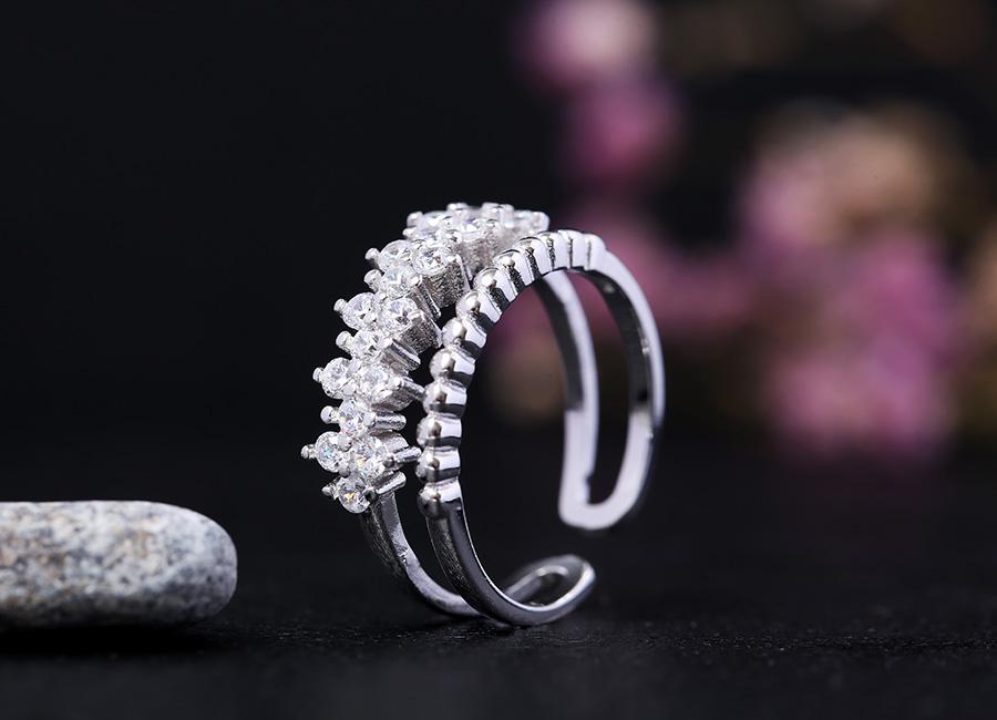 Tạo hình độc đáo của mẫu nhẫn.