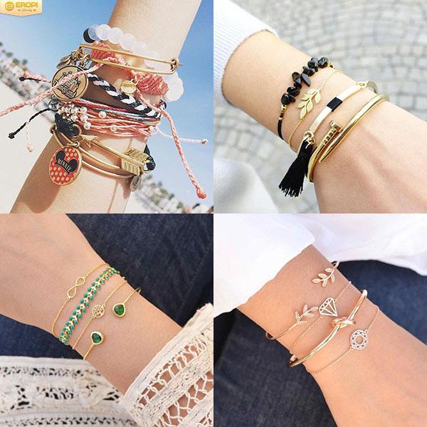 Vòng tay tay là thuật ngữ chung để chỉ tất cả các mẫu trang sức được đeo trên cổ tay.