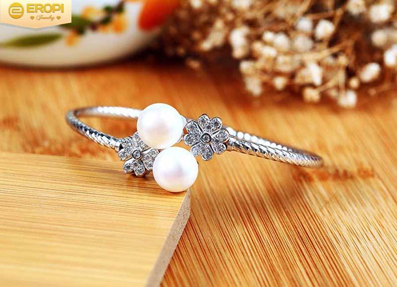 Lắc tay bạc Flower Pearls