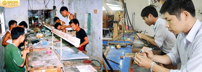 Các bộ trang sức đẹp đến từ Huệ Lai đều được làm thủ công.