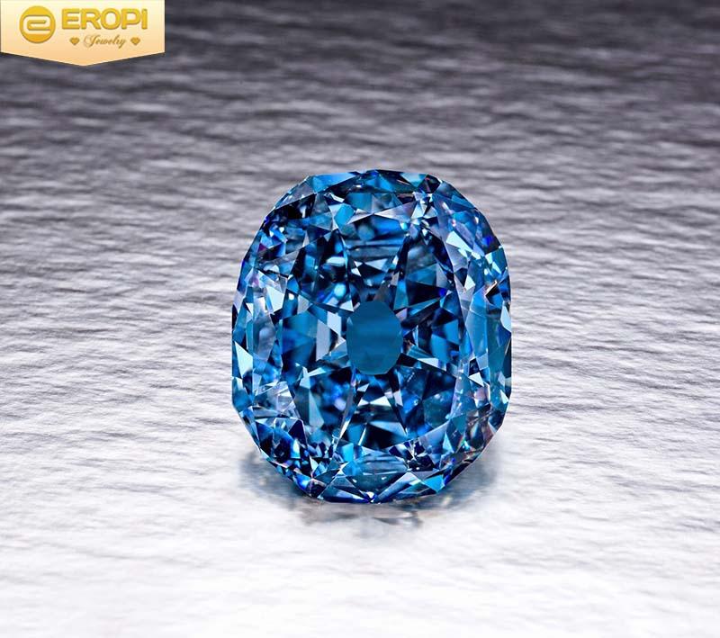 Viên kim cương xanh quý hiếm với sắc lạ mắt