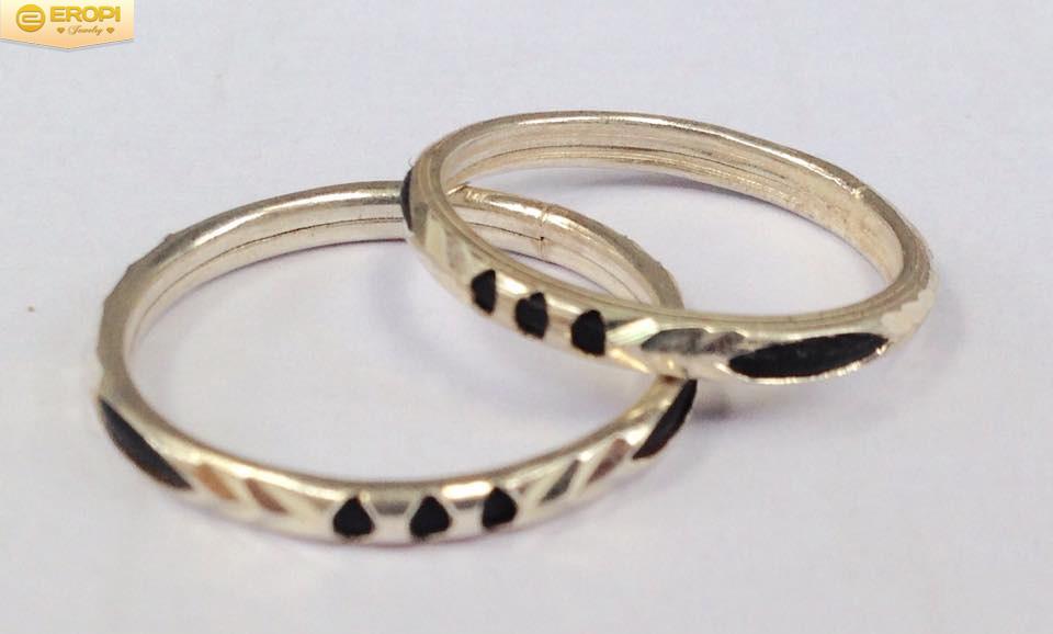 Nhẫn lông voi là nhẫn phong thủy mang lại may mắn, tình duyên cho người đeo.