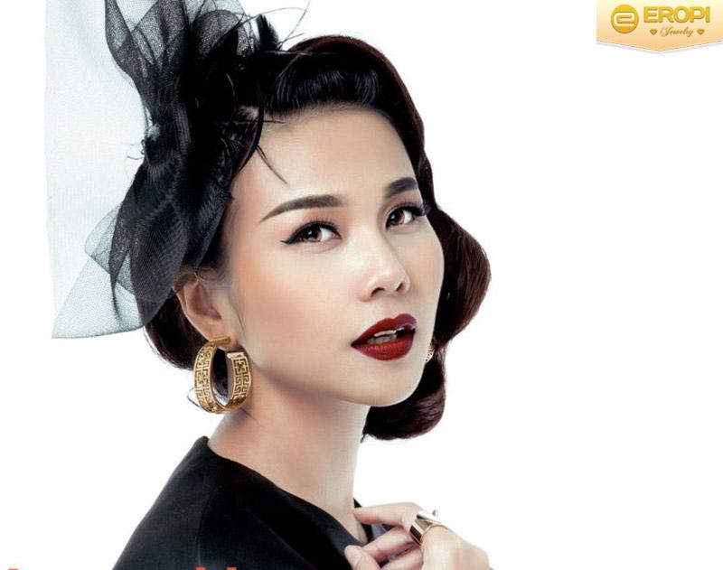 Bông tai của Thanh Hằng