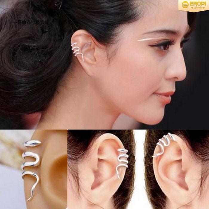 Một kiểu đeo bông tai Ear Cuff để tham khảo,